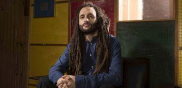 INTERVISTA a ALBOROSIE: il rastaman è tornato in città ft sandman lo intervista fra musica e spiritualità