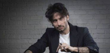 """FABRIZIO MORO torna con """"Pace"""", il nuovo disco, a marzo"""