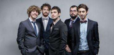"""Prima del nuovo disco, e del concerto al Mediolanum Forum, LO STATO SOCIALE pubblica il singolo """"Mai stati meglio"""""""