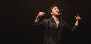 INTERVISTA a LEONARDO LAMACCHIA: concerto a Napoli in apertura a META, il nuovo singolo in radio e la voglia di scrivere per Noemi!