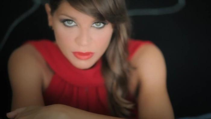 Alessandra_Amoroso_Amore_puro_nuovo_singolo