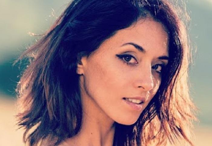 Cassandra-De-Rosa