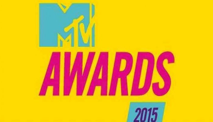 mtv_music_awards_2015
